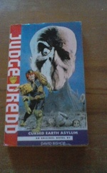 Judge Dredd könyv